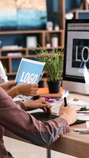 Laboratorio di grafica e design per disoccupati